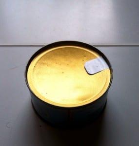 abrir una lata sin abrelatas